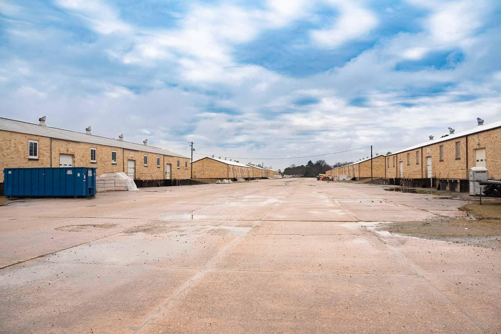 Phoenix Logistics   Strategic Real Estate. Applied Technology. Tailored Service.